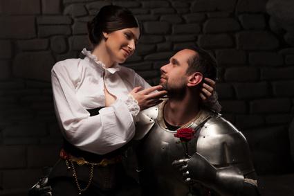 Partygäste in Mittelalter Outfit
