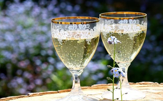 Champagner-glaeser