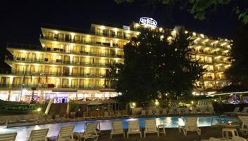 Hotel-Perla