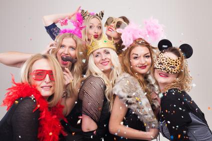 Kostumparty Ideen Mottos Verkleidungen Tipps Und Mehr
