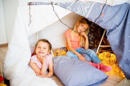 bernachtungsparty ideen und tipps f r jungs und m dchen. Black Bedroom Furniture Sets. Home Design Ideas