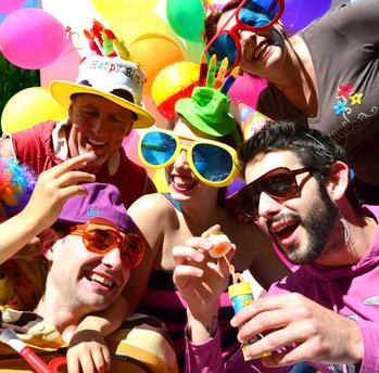 90er Party Feiern Ideen Tipps Deko Planung